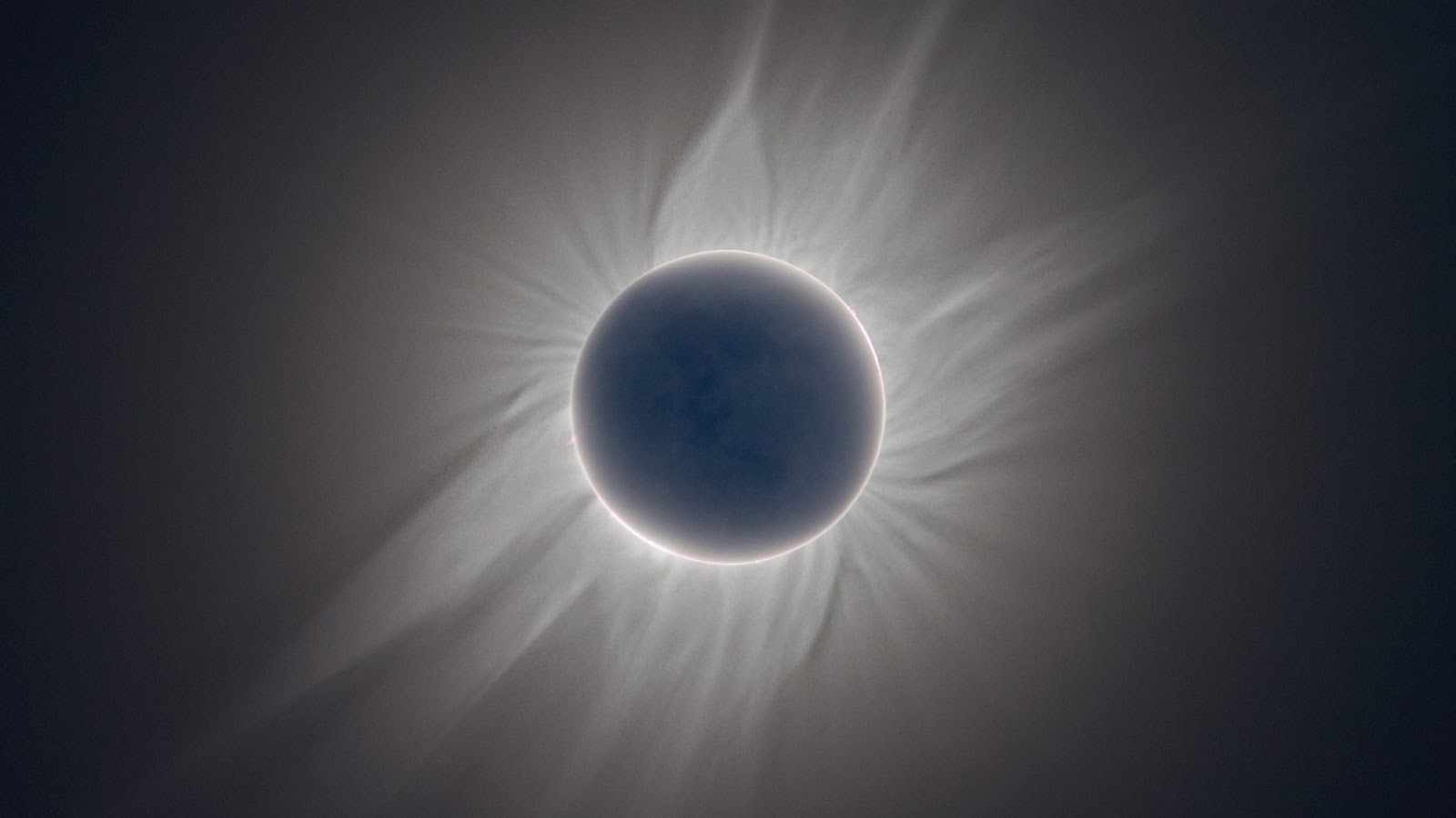 Your Wallpaper: Solar Eclipse Wallpaper