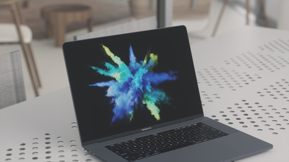 100 Macbook Pro Pictures [HD] Download Images on Unsplash 1000x563
