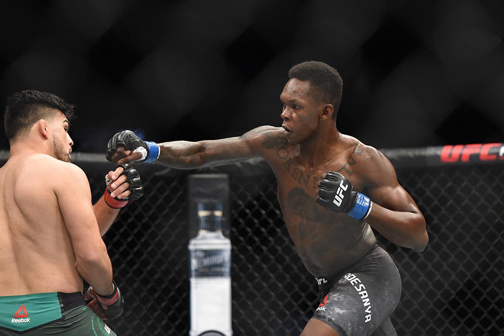 Israel Adesanya def Kelvin Gastelum at UFC 236 Best photos MMA 1000x666