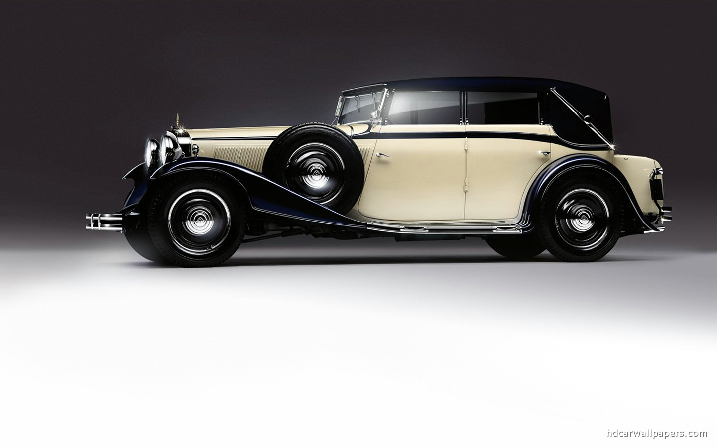 This is also Classic Car Wallpaper This car has white and black 1440x900