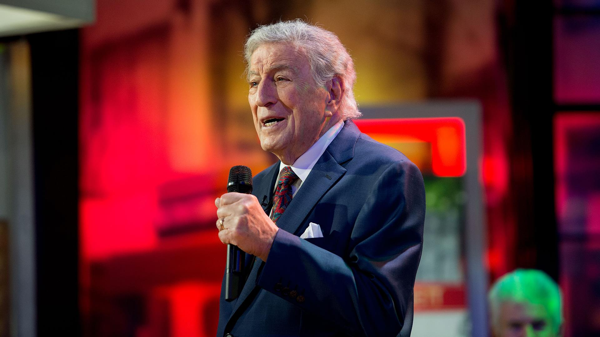 Watch Tony Bennett perform Ill Be Home for Christmas live on TODAY 1920x1080