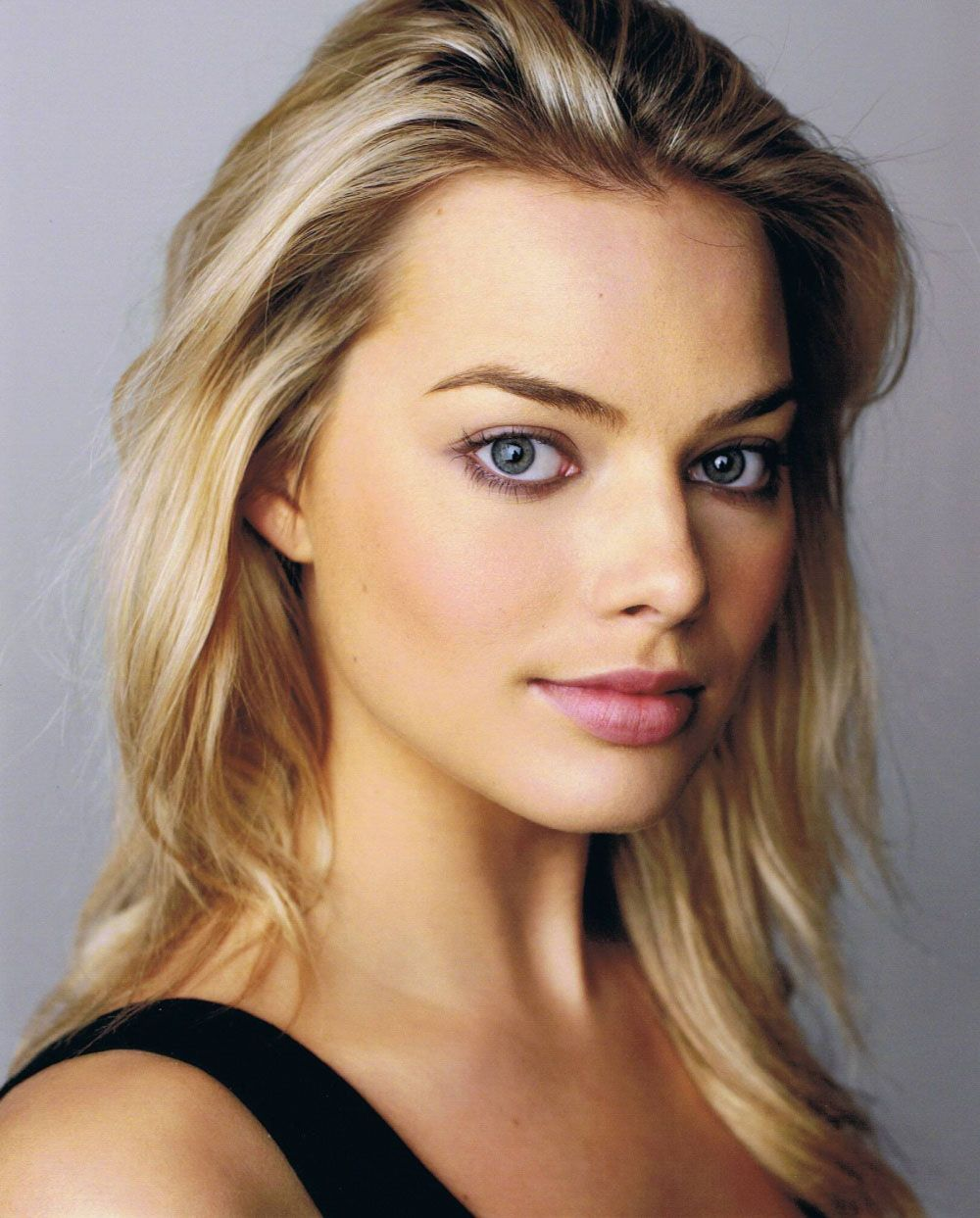 Margot Robbie HD wallpapers with High Quality and Resolution also 1000x1243