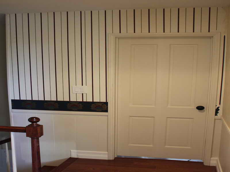 Wallpaper Simple Ways to Install Faux Wainscoting Wallpaper 800x600