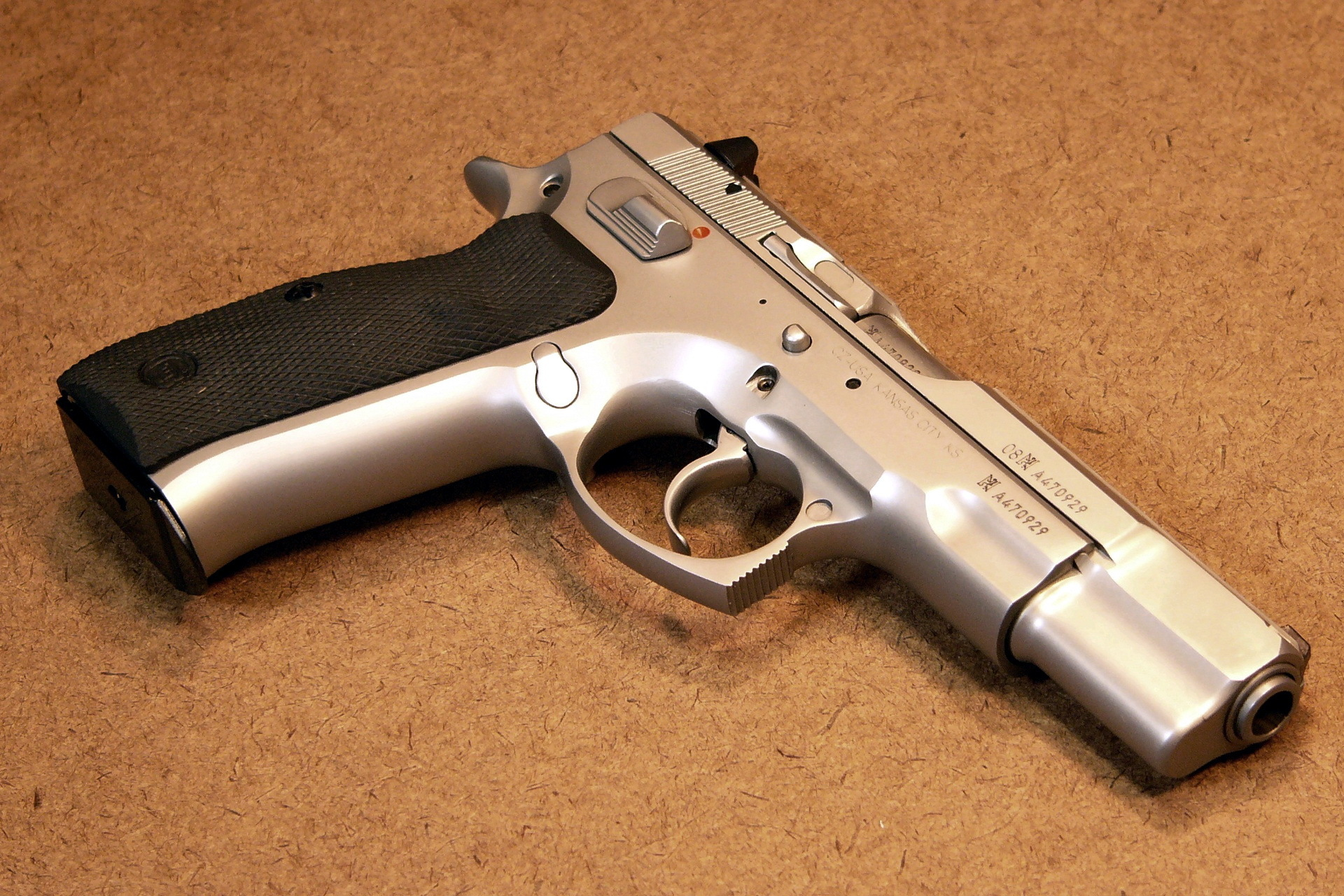 CZ 75 B in bead blasted stainless steel HD Wallpaper Background 1920x1280