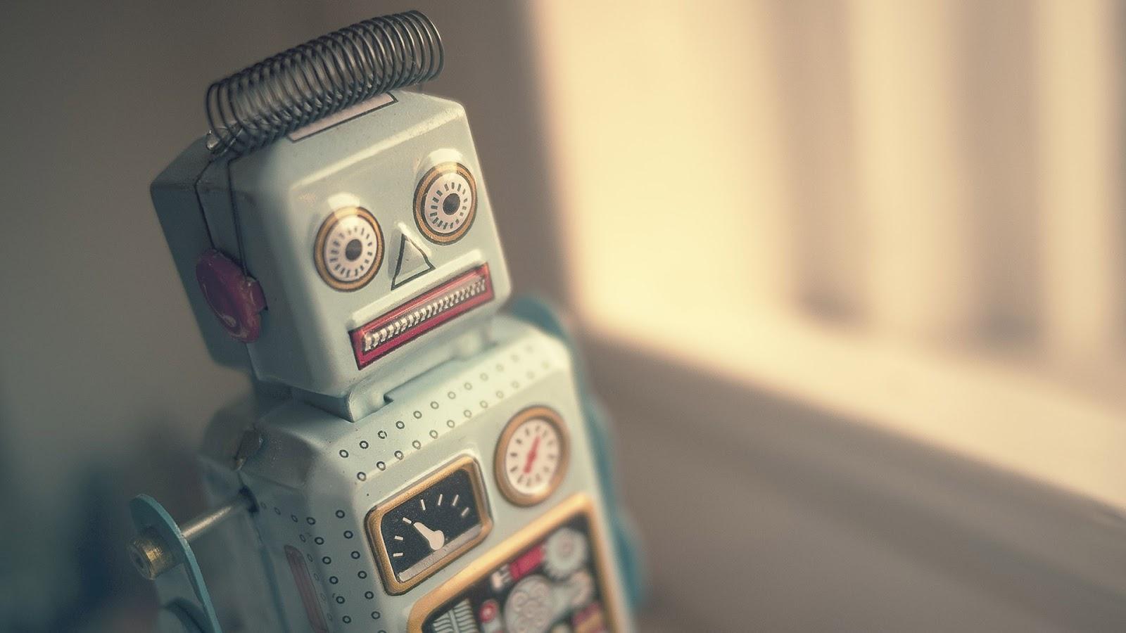 Vintage Metal Robot Toy HD Desktop Wallpaper 1600x900