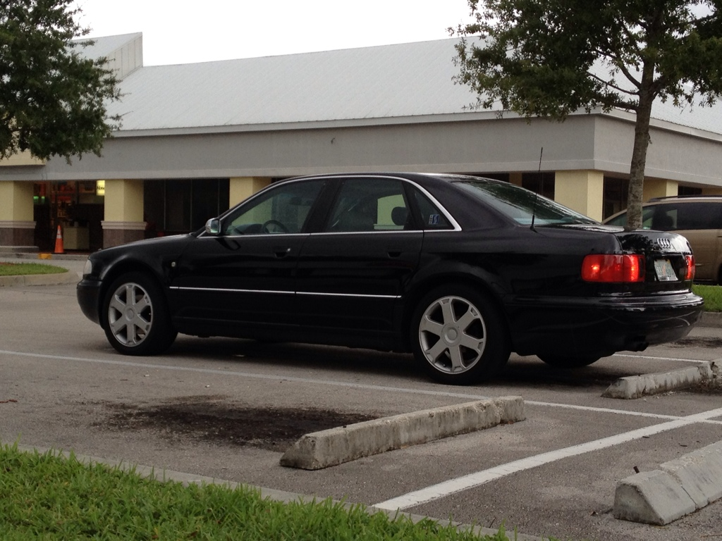 Kekurangan Audi S8 1998 Harga