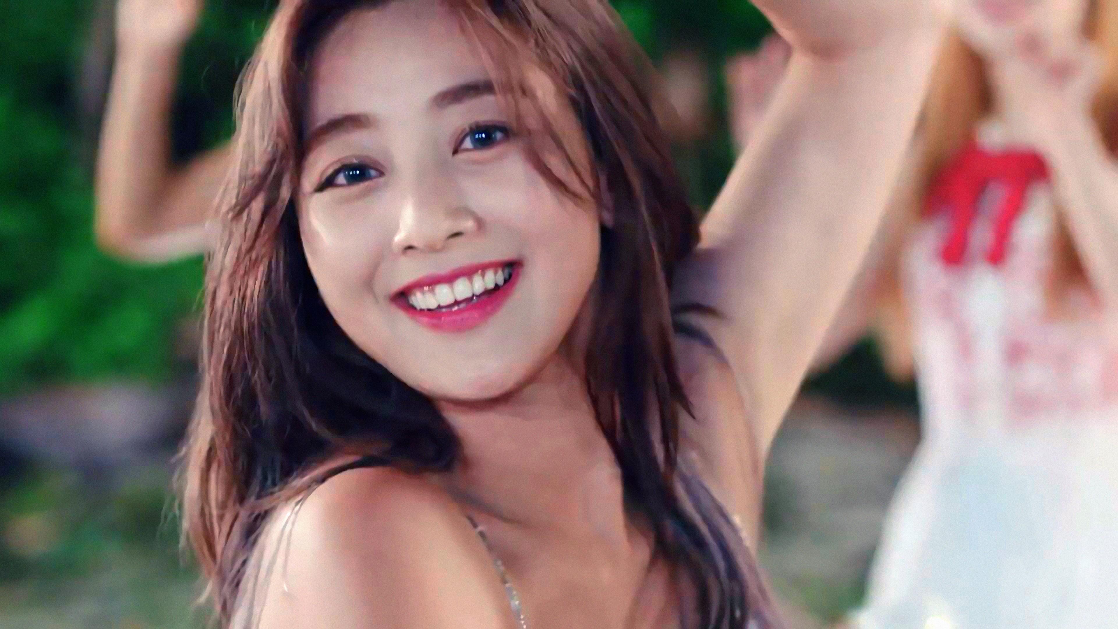 Jihyo Park Ji Hyo 4K 8K HD Wallpaper 3840x2160