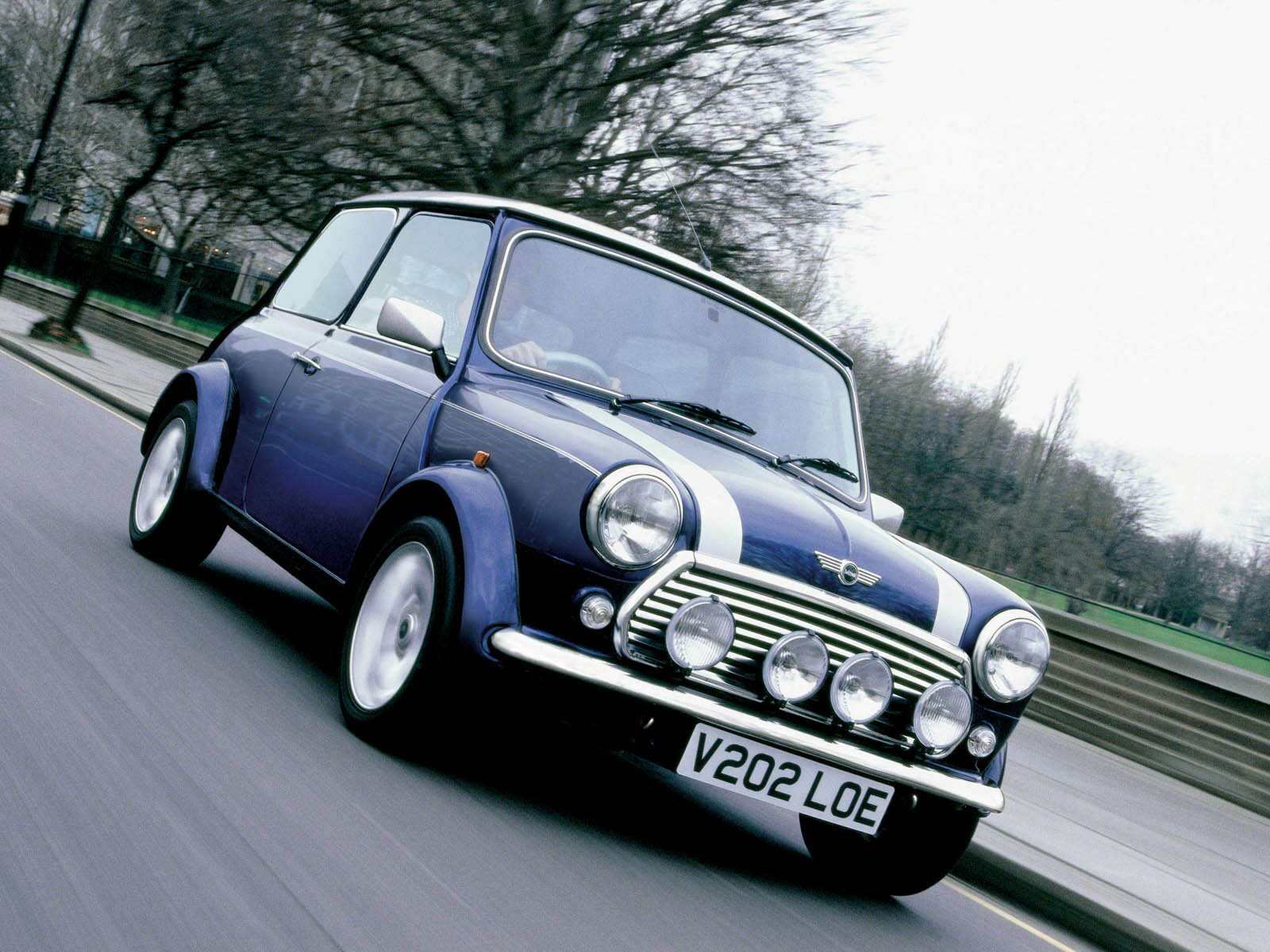 wallpaper: Mini Cooper Classic Car Wallpapers