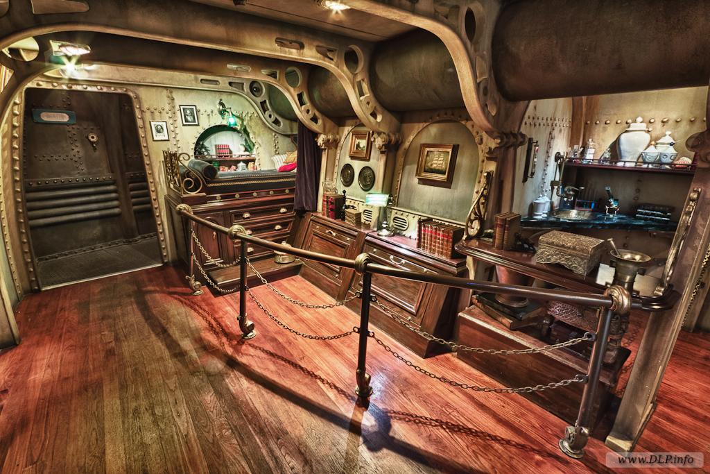 submarine Nautilus 1024x683