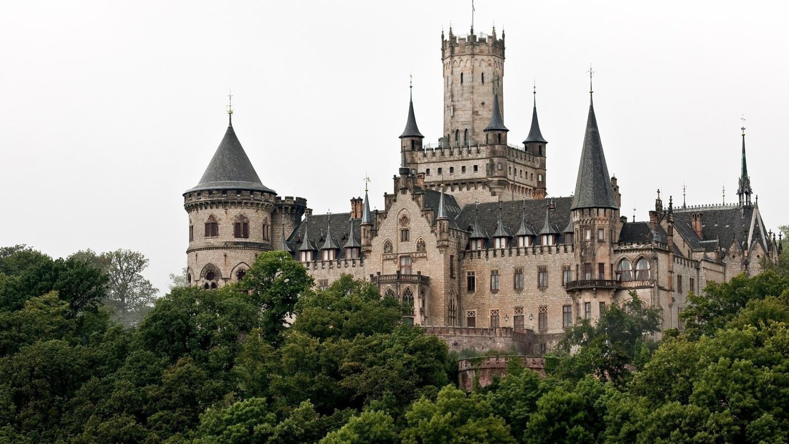 Marienburg Castle Germany   1600x900   582520 1600x900