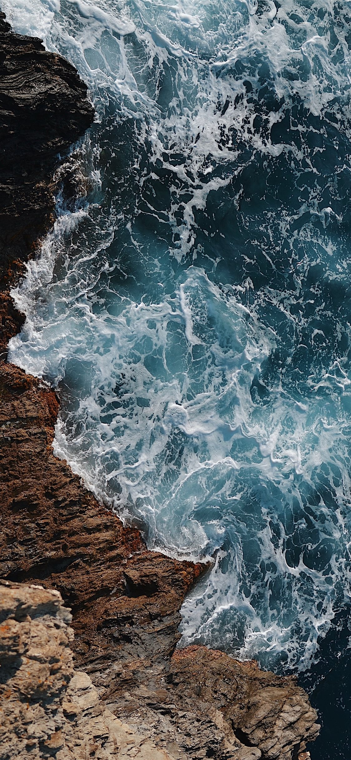 wild blue sea iPhone X Wallpapers Download 1125x2436