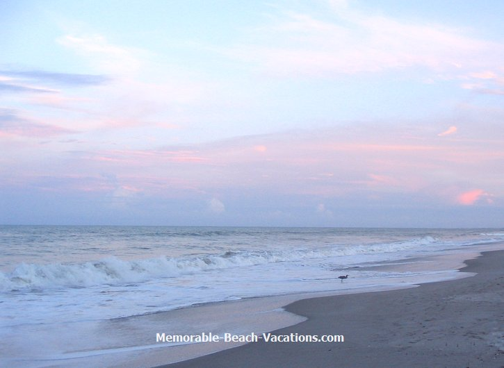 Cocoa Beach Florida   beach sunset evening Clouds over Atlantic Ocean 725x530