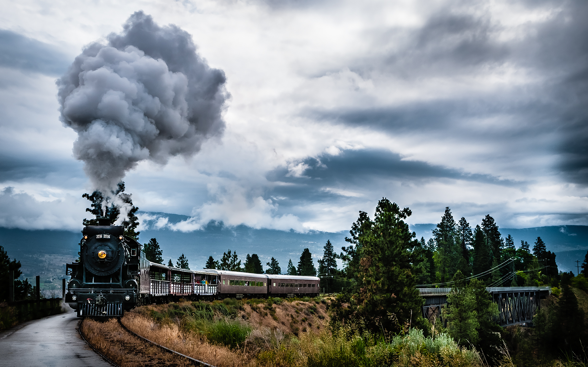 Sky Smoke Train wallpapers and images   wallpapers pictures photos 1920x1200
