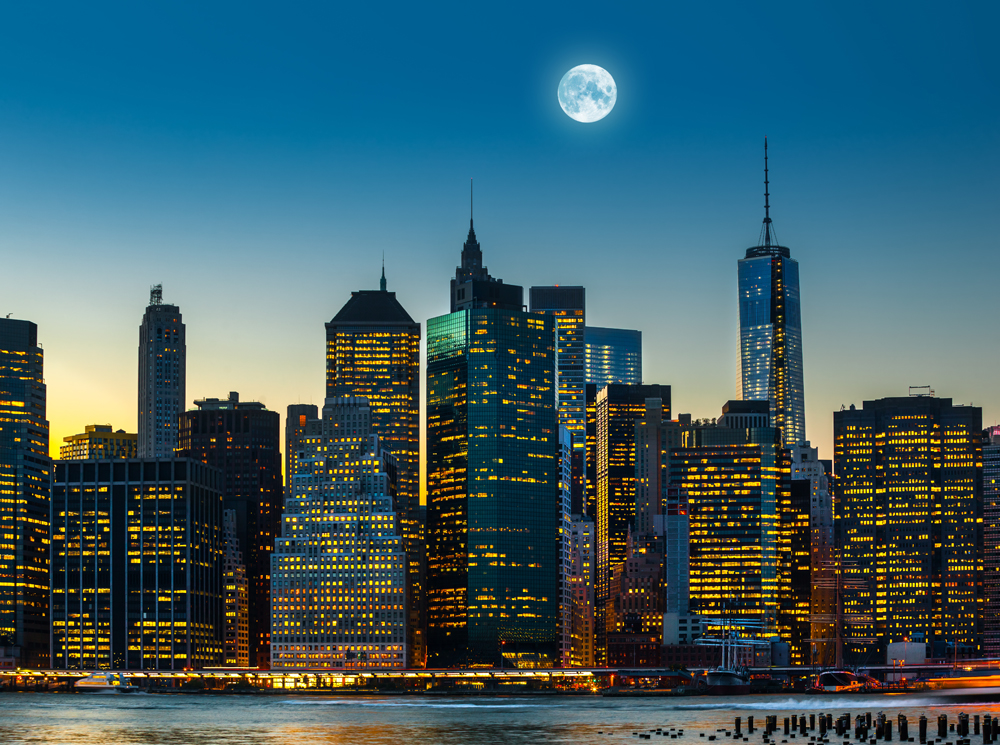 Over Manhattan New York City Skyline Wall Mural ohpopsi Wallpaper 1000x745