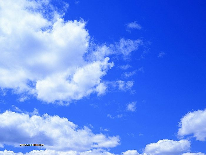 Clear Blue Sky With Clouds Wallpaper 700x525