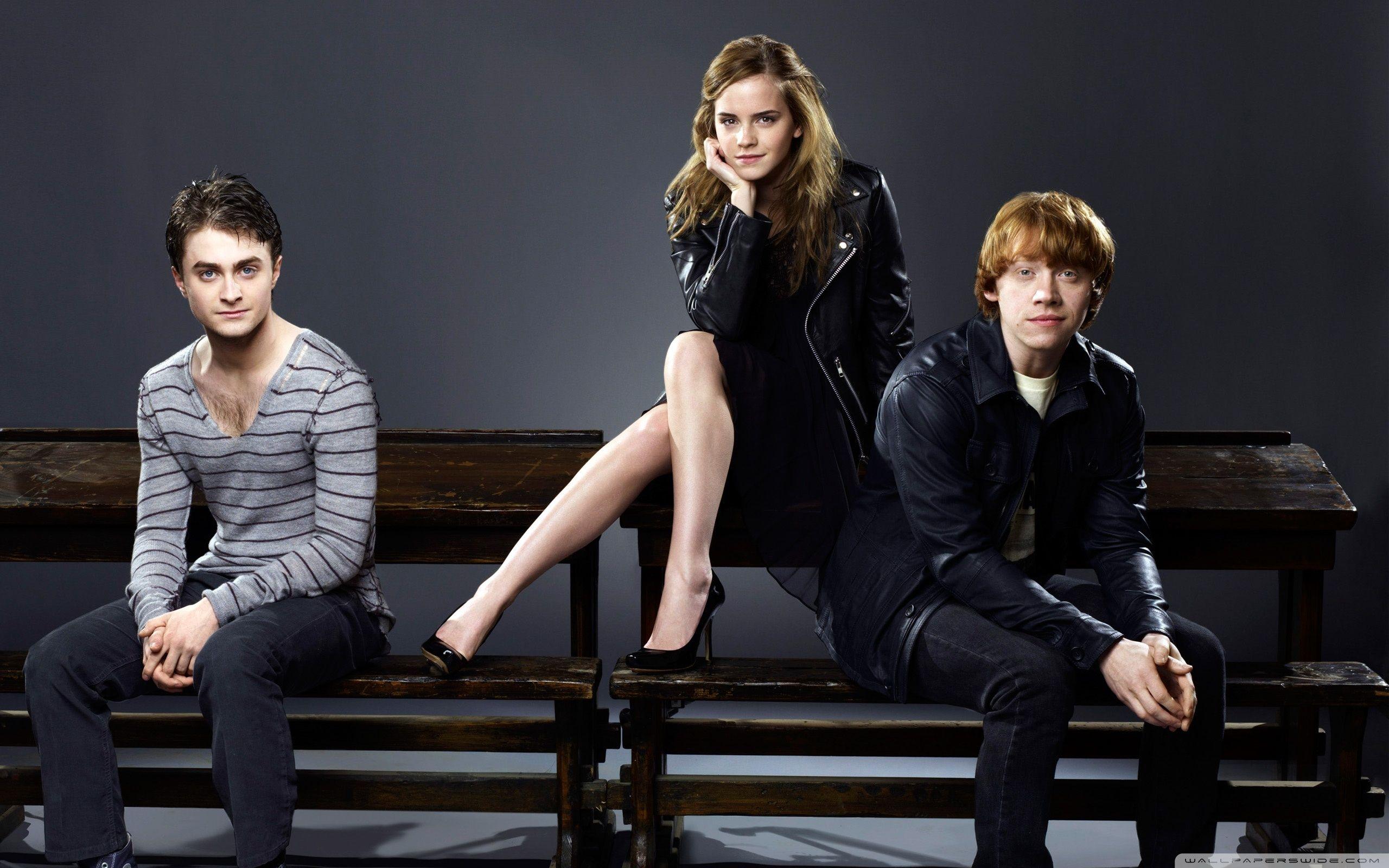 Daniel Radcliffe Rupert Grint and Emma Watson HD desktop in 2020 2560x1600