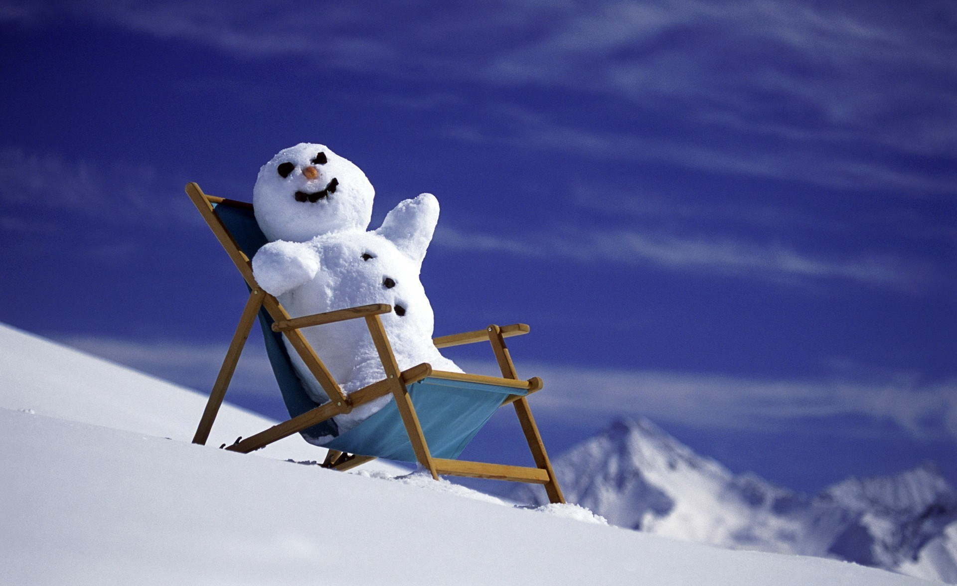 christmas new year winter snow snowman mountains wallpaper background 1920x1176