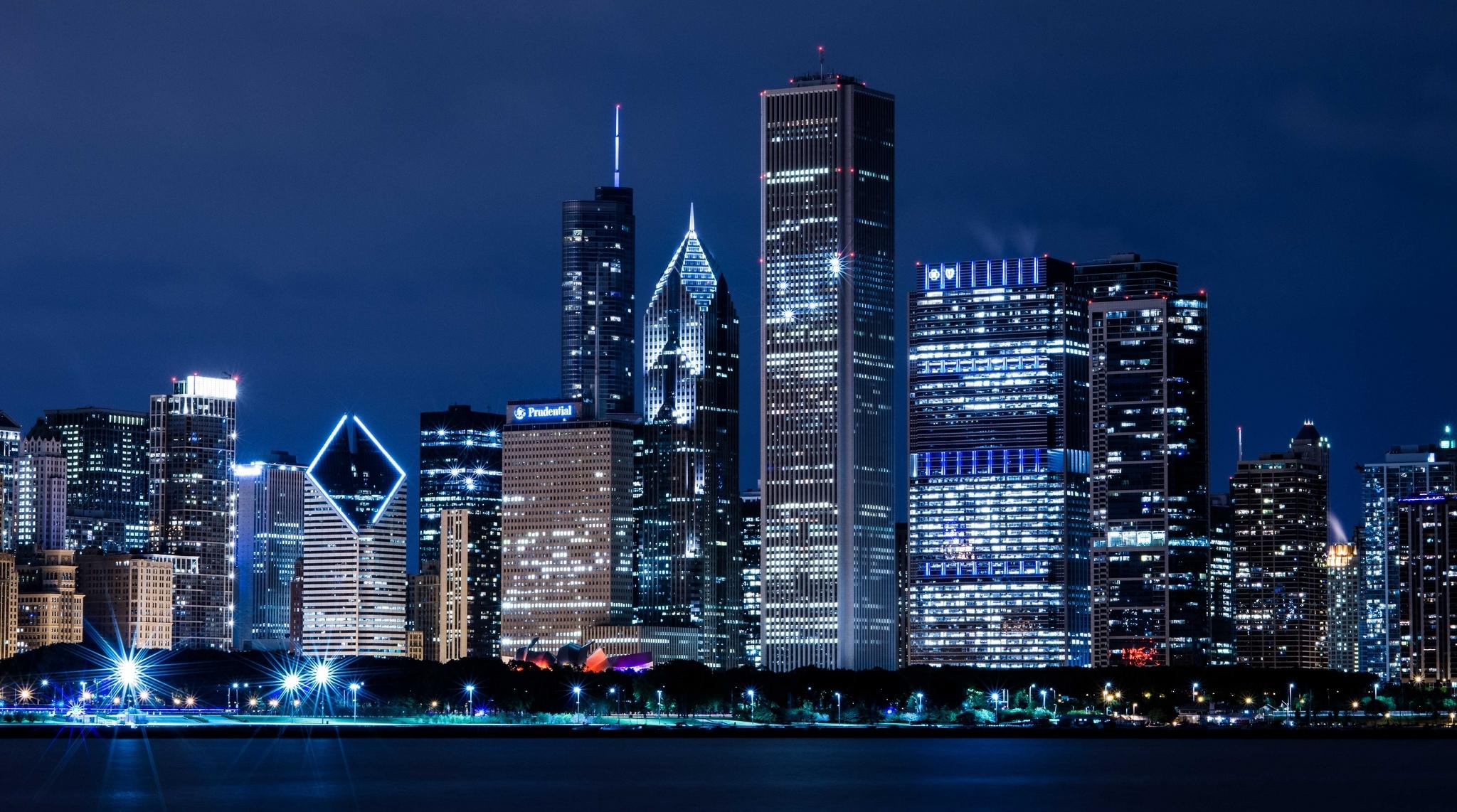 небоскребы город вода огни ночь  № 3981291 загрузить