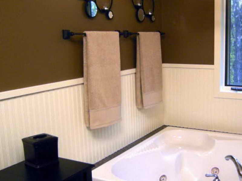 WallsSimple Ways To Install Faux Wainscoting Wallpaper Wainscoting 800x600