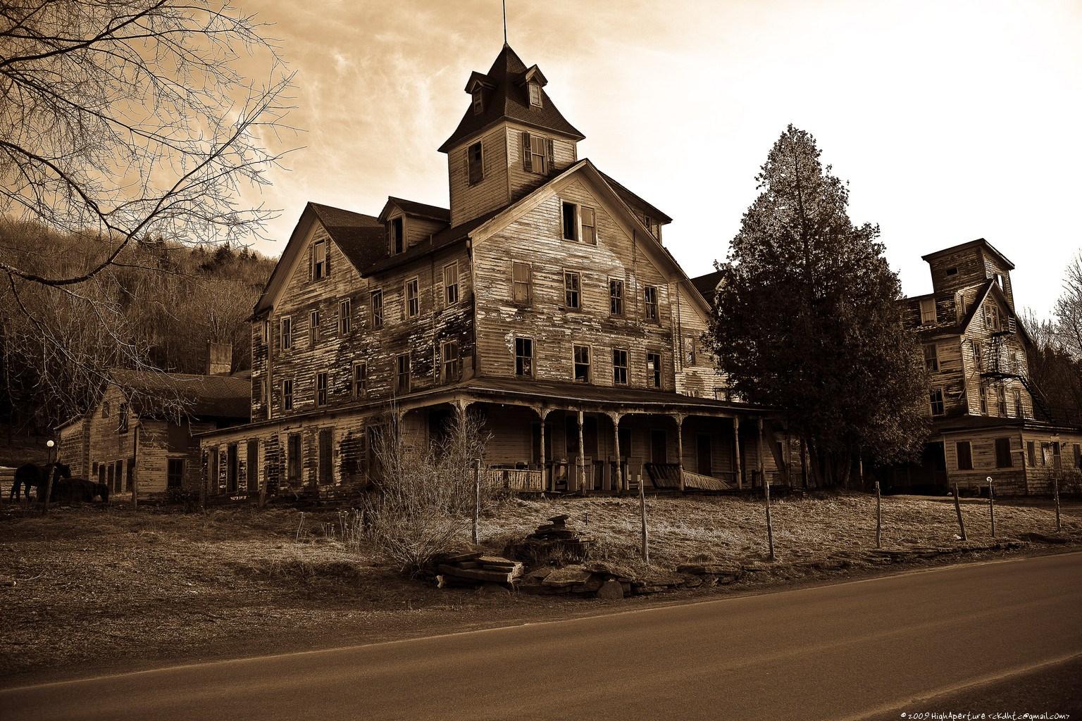 Abandoned mansion in Grand Rapids Michigan   Imgur 1536x1024