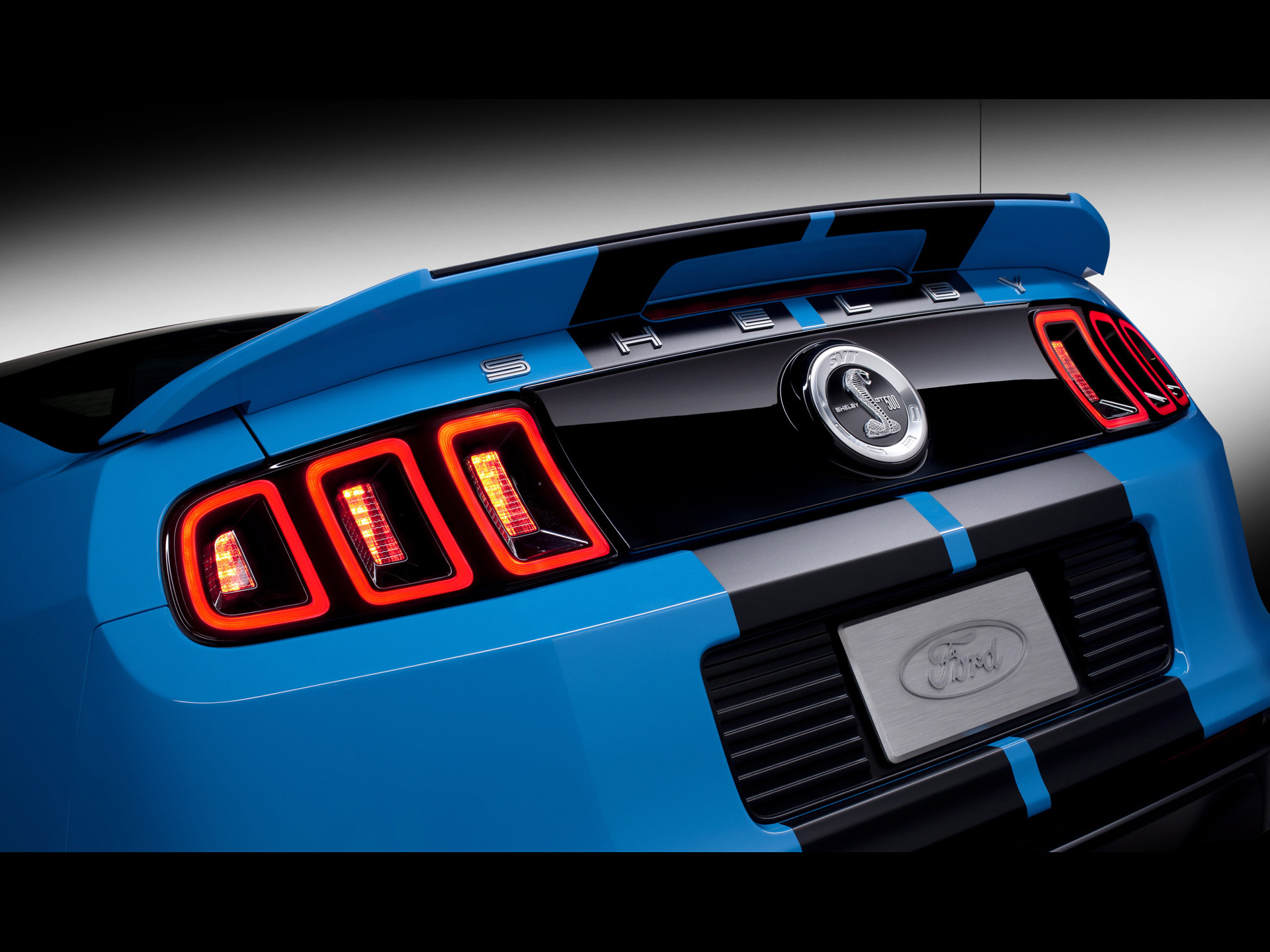 2013 Blue Shelby GT500 Taillights wallpapers 2013 Blue Shelby GT500 1920x1440
