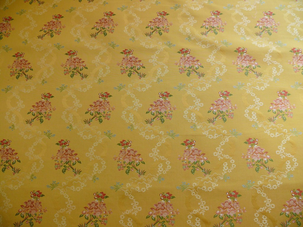 KRAVET COUTURE ROSEHIPS FRENCH LACE BROCADE MUSTARD YELLOW PIN   45 1024x768