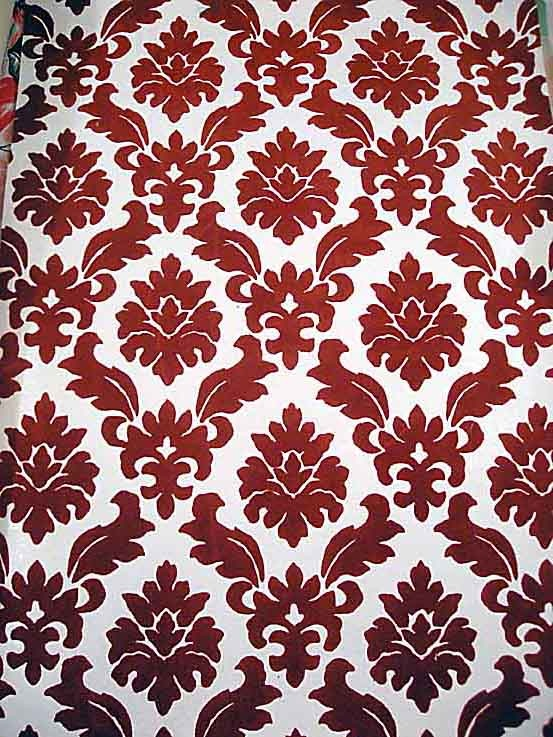 1970s wallpaper patterns   It was flocked velvet 553x737