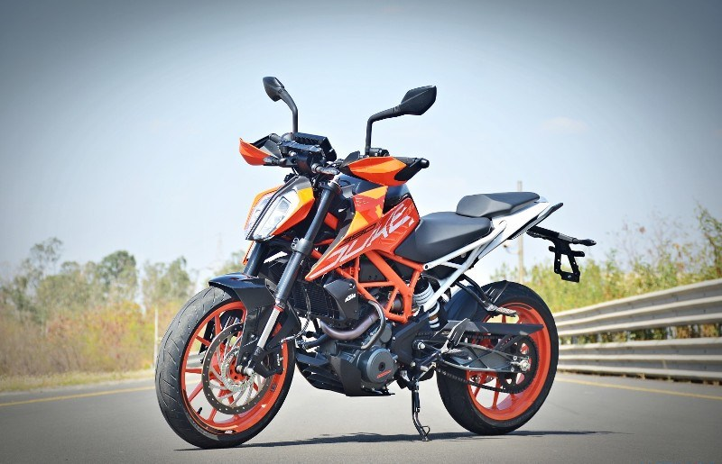 2017 KTM Duke 390 Full Review Price Features 800x515