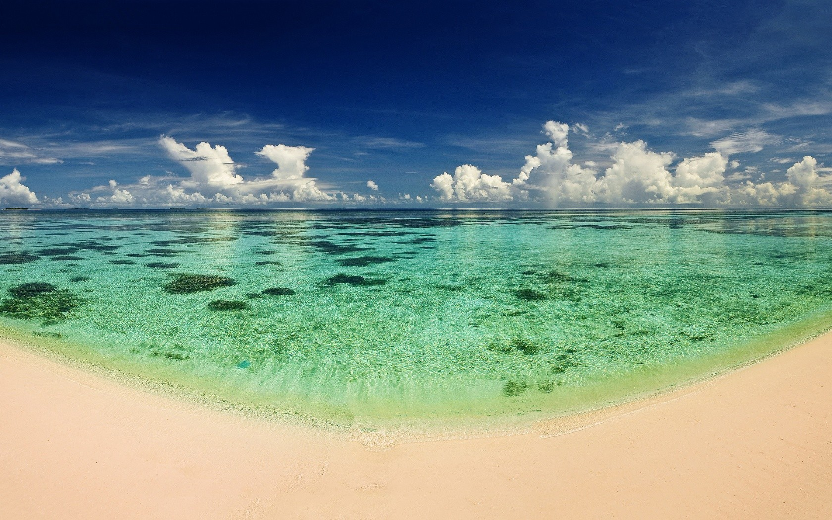 People Beach With Wallpapers Latest HQ Backgrounds HD wallpapers 1680x1050