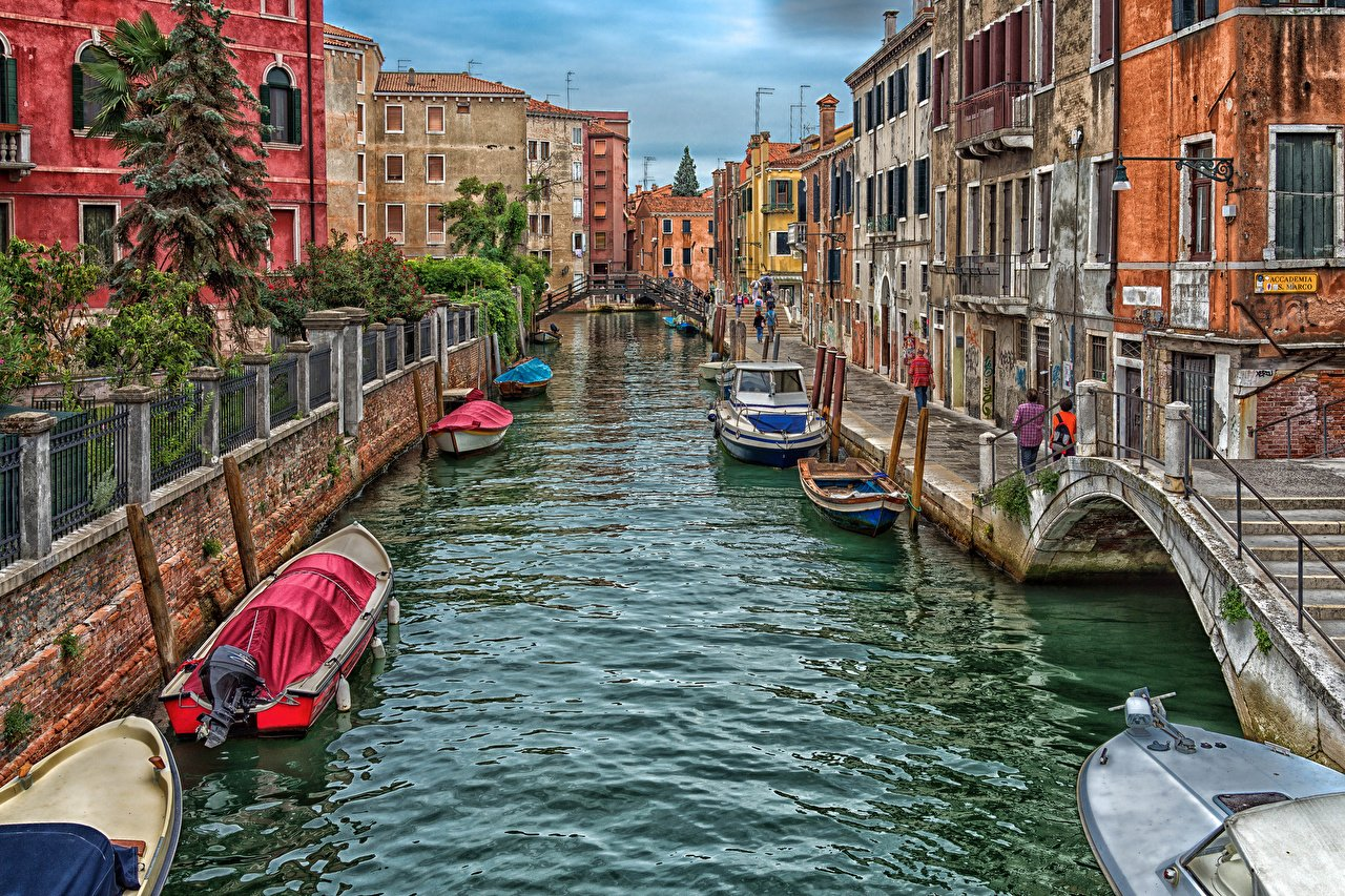 Wallpapers Venice Italy Canal Bridges Street powerboat Cities Houses 1280x853