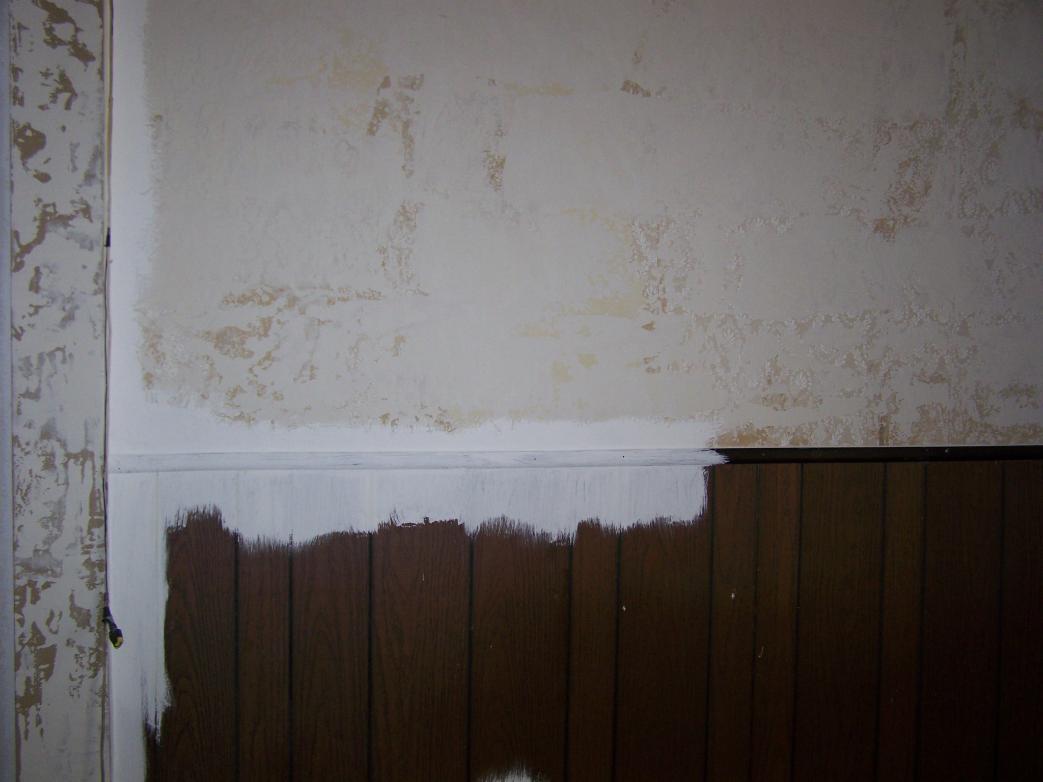 How To Paint Faux Wood Paneling or Fake Wood   Good Ideas and Tips 2048x1536
