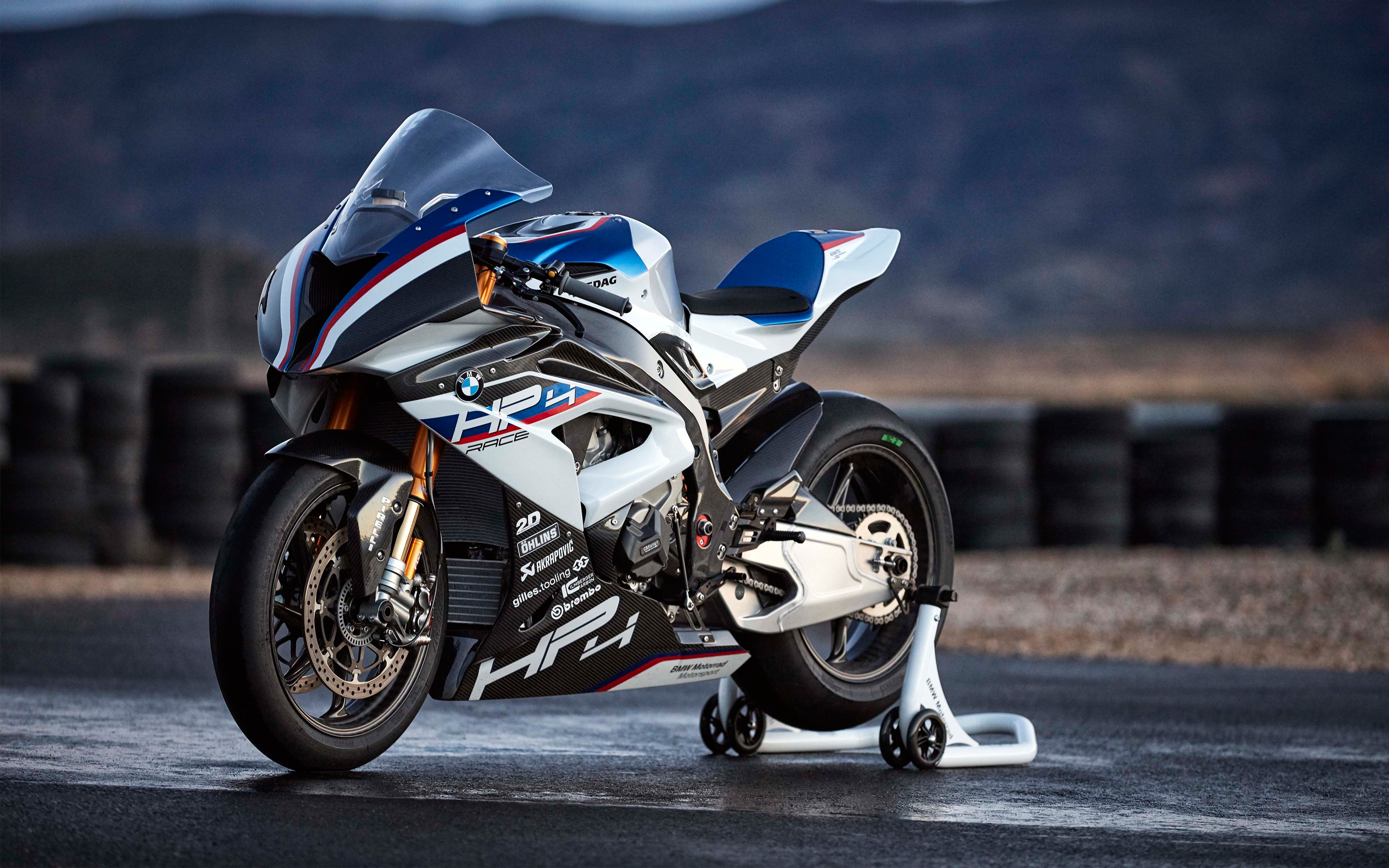 BMW HP4 White 4K Widescreen Desktop Wallpaper 1009 2880x1800 px 2880x1800