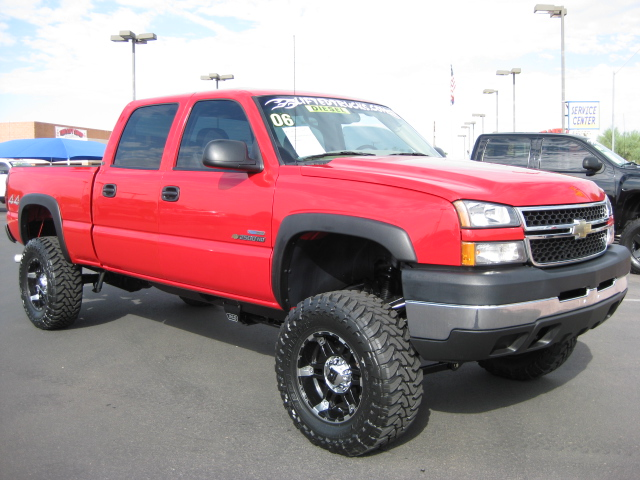 lifted truck chevy heavy engine power lifted truck chevy heavy engine 640x480