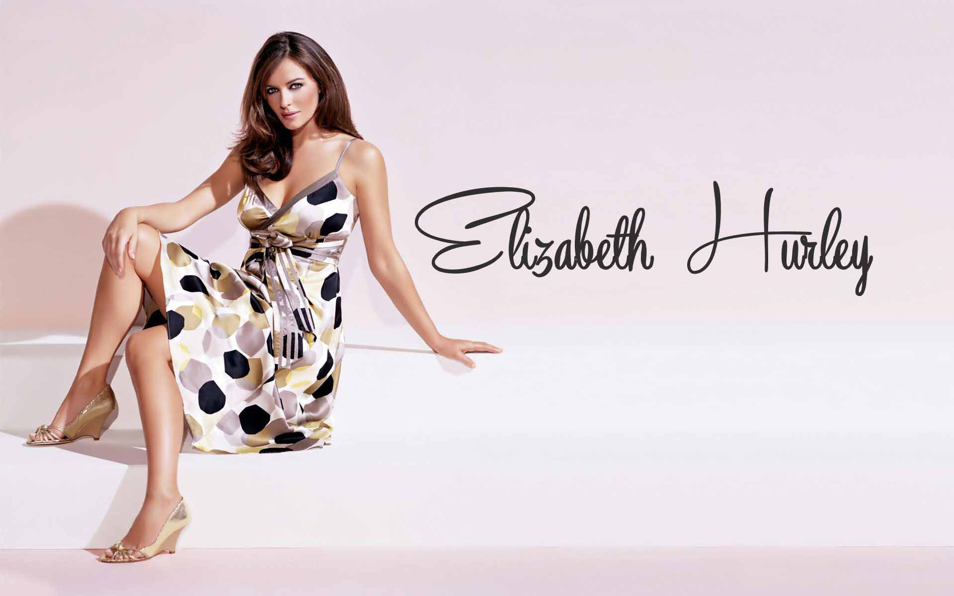 Elizabeth Hurley HD Wallpapers 1920x1200