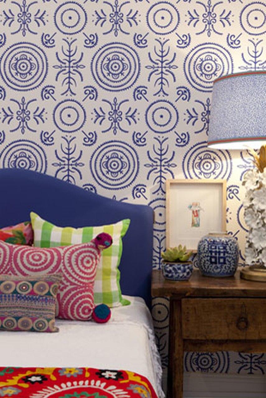 Anna Spiro Round and Round the Garden Wallpaper 855x1280
