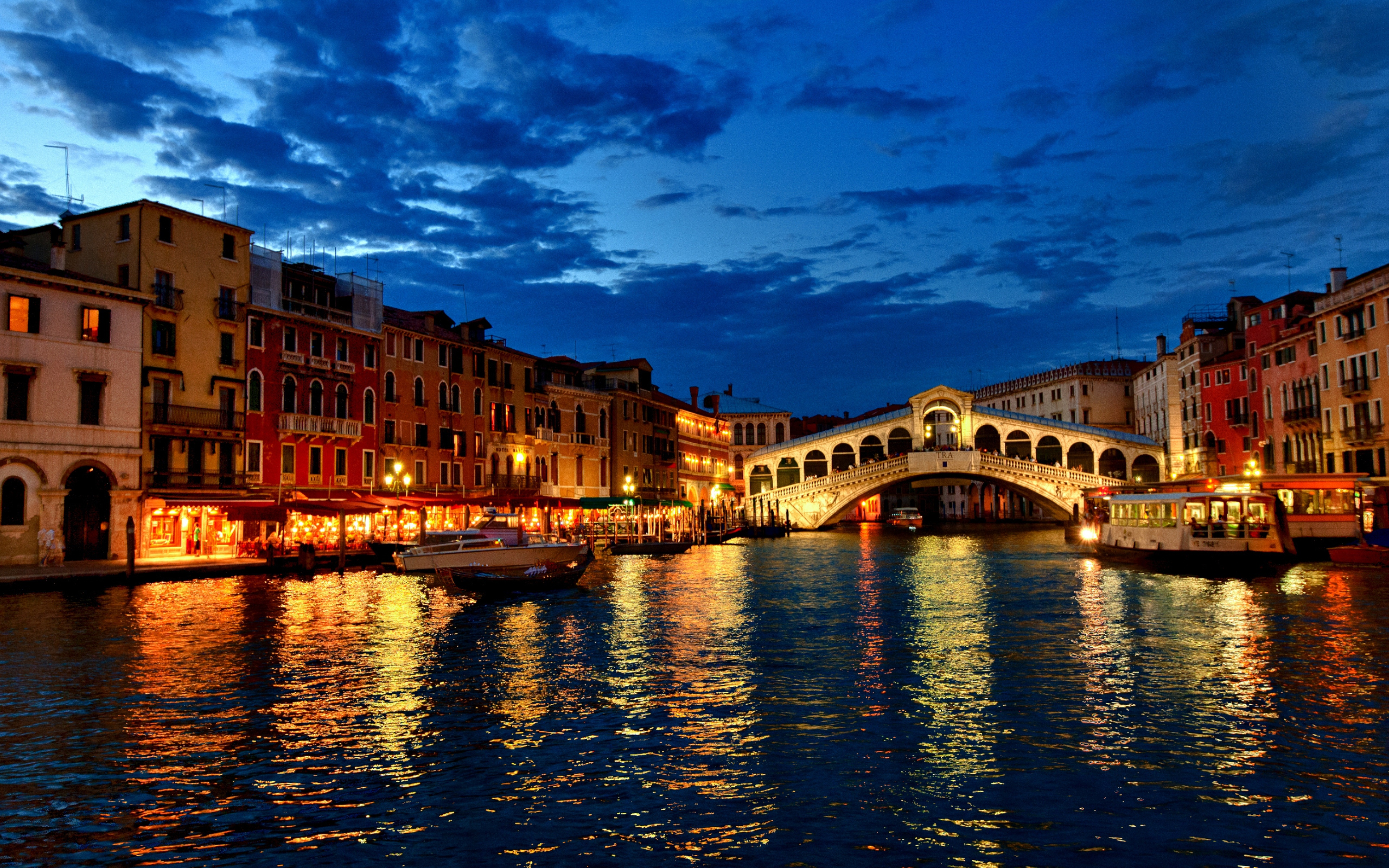 Venice Gondola At Night HD Wallpaper Background Images 3840x2400