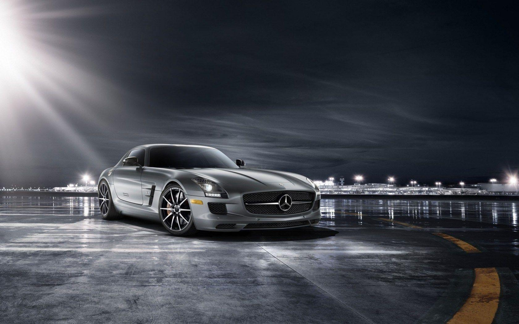 Mercedes Benz AMG Wallpapers 1680x1050