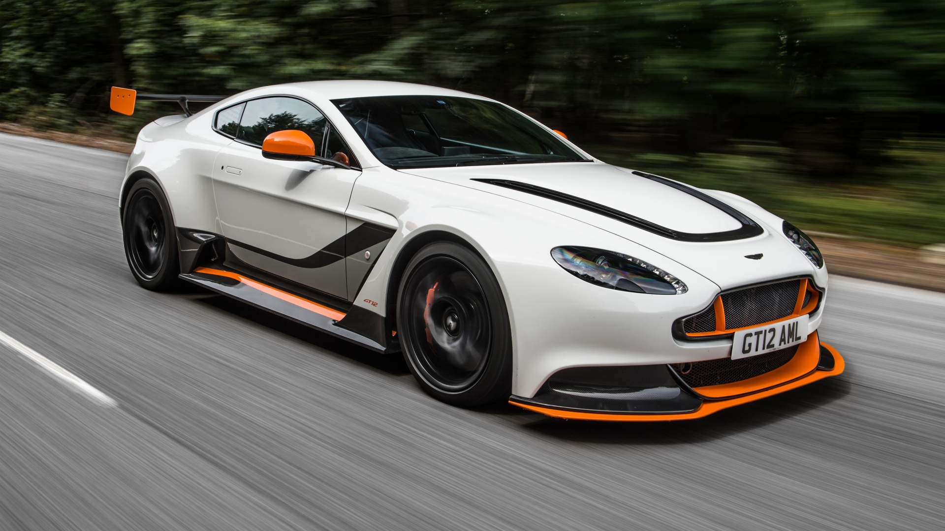 2015 Aston Martin Vantage Wallpaper HD Car Wallpapers 1920x1080
