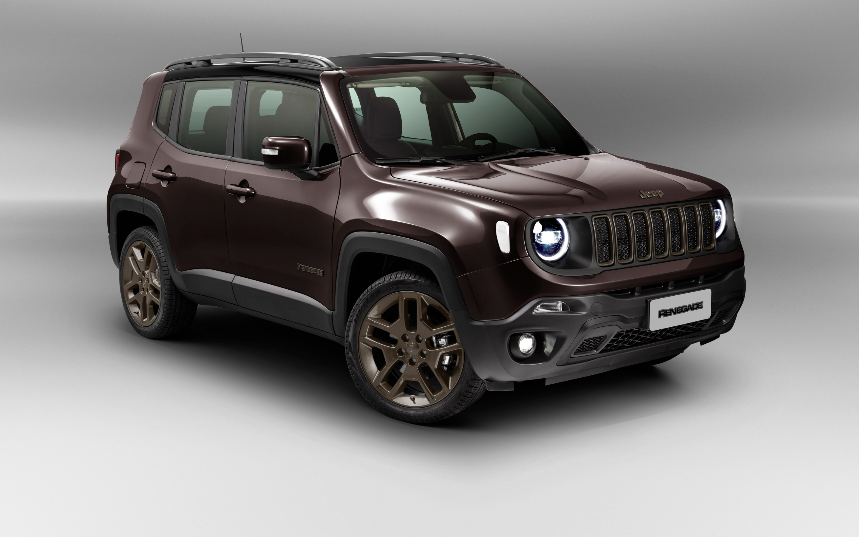 Download wallpapers Jeep Renegade Limited studio 2018 cars SUVs 2880x1800