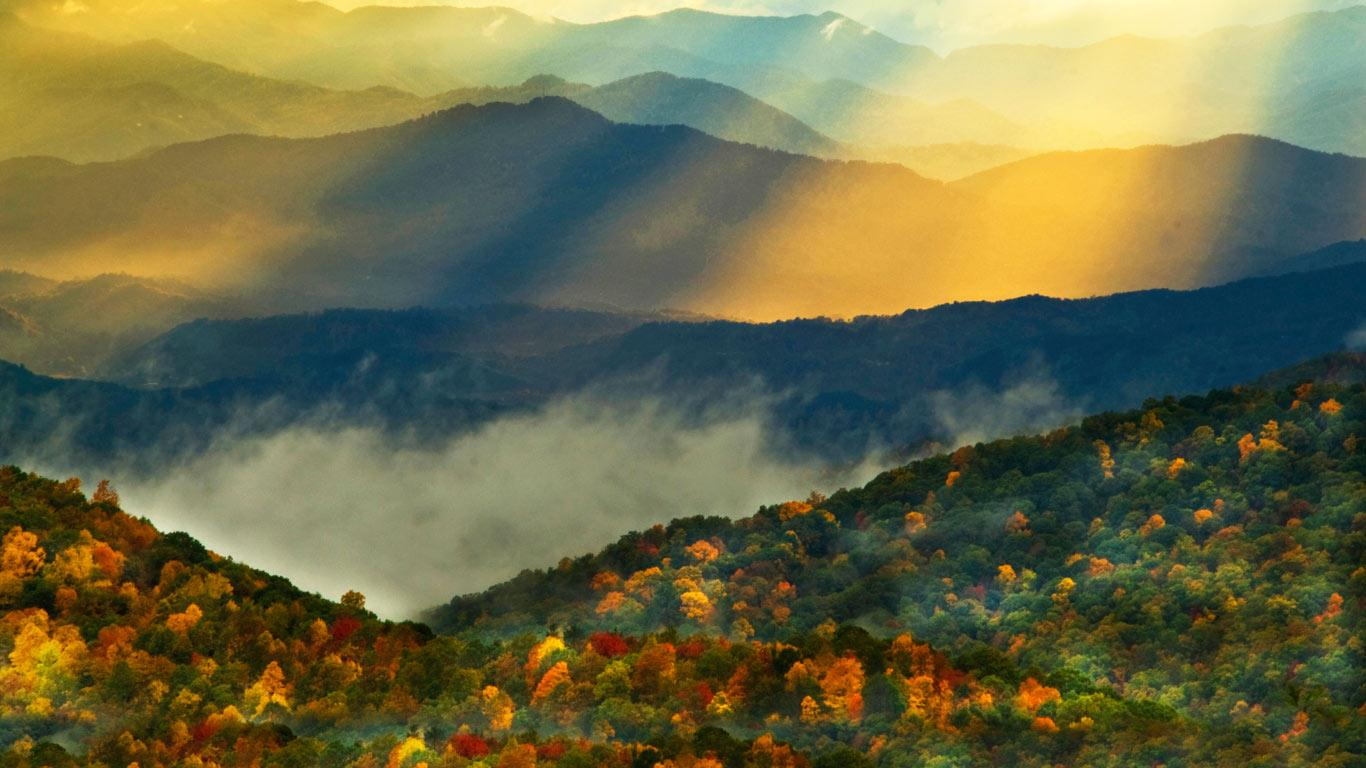42] Smoky Mountain Wallpaper Desktop on WallpaperSafari 1366x768