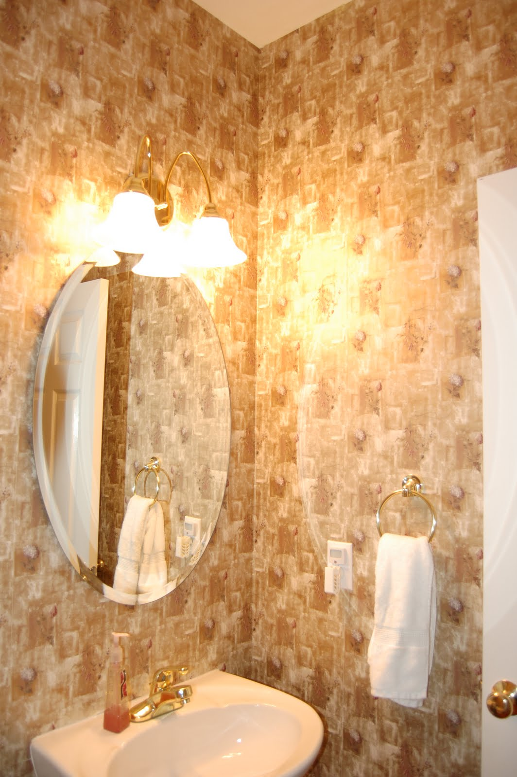 removing wallpaper with fabric softener easy wallpaper removal fabric 1064x1600