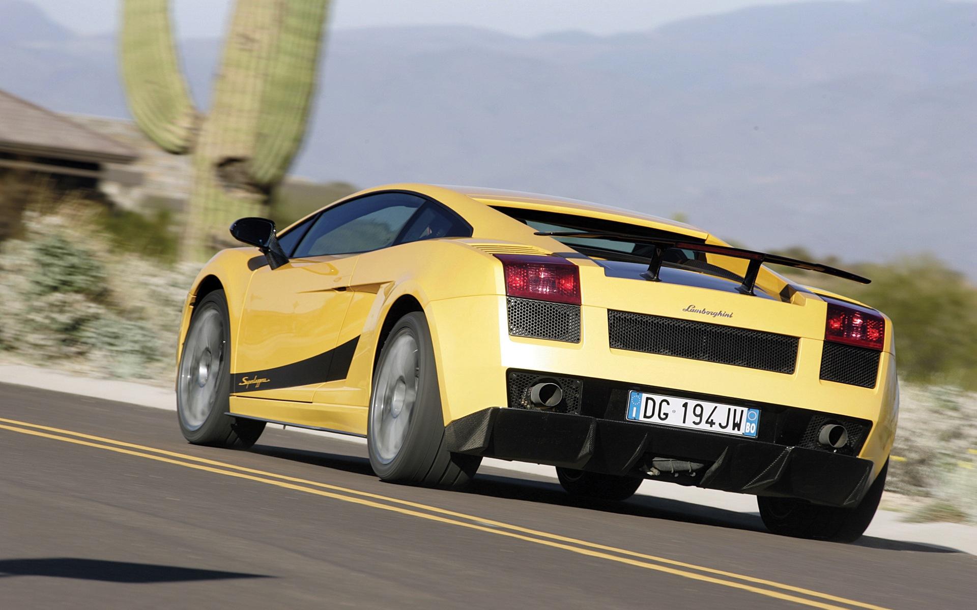 Lamborghini Screensavers Cars Car Desktop wallpapers HD   125851 1920x1200