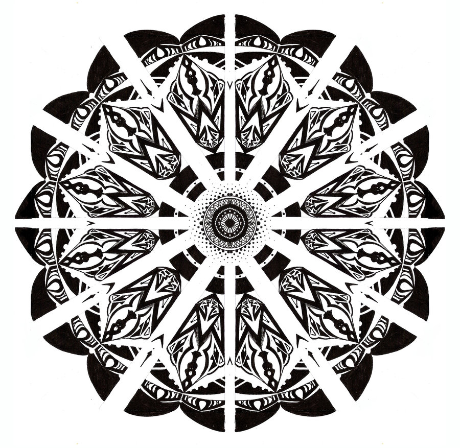 Mandala in black and white by Tallis 900x877