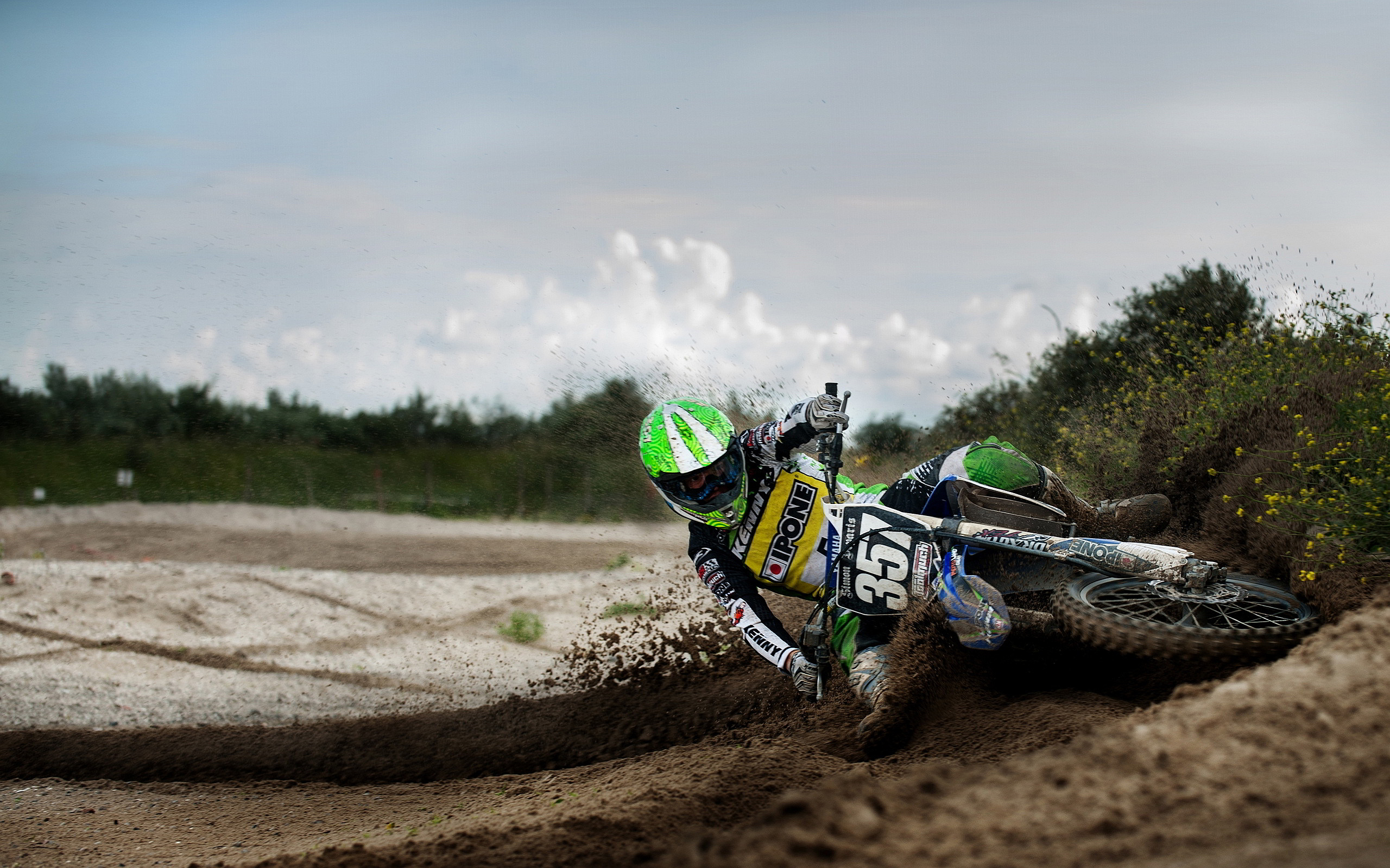 amazing motocross wallpaper 41686 42664 hd wallpapersjpg 2560x1600