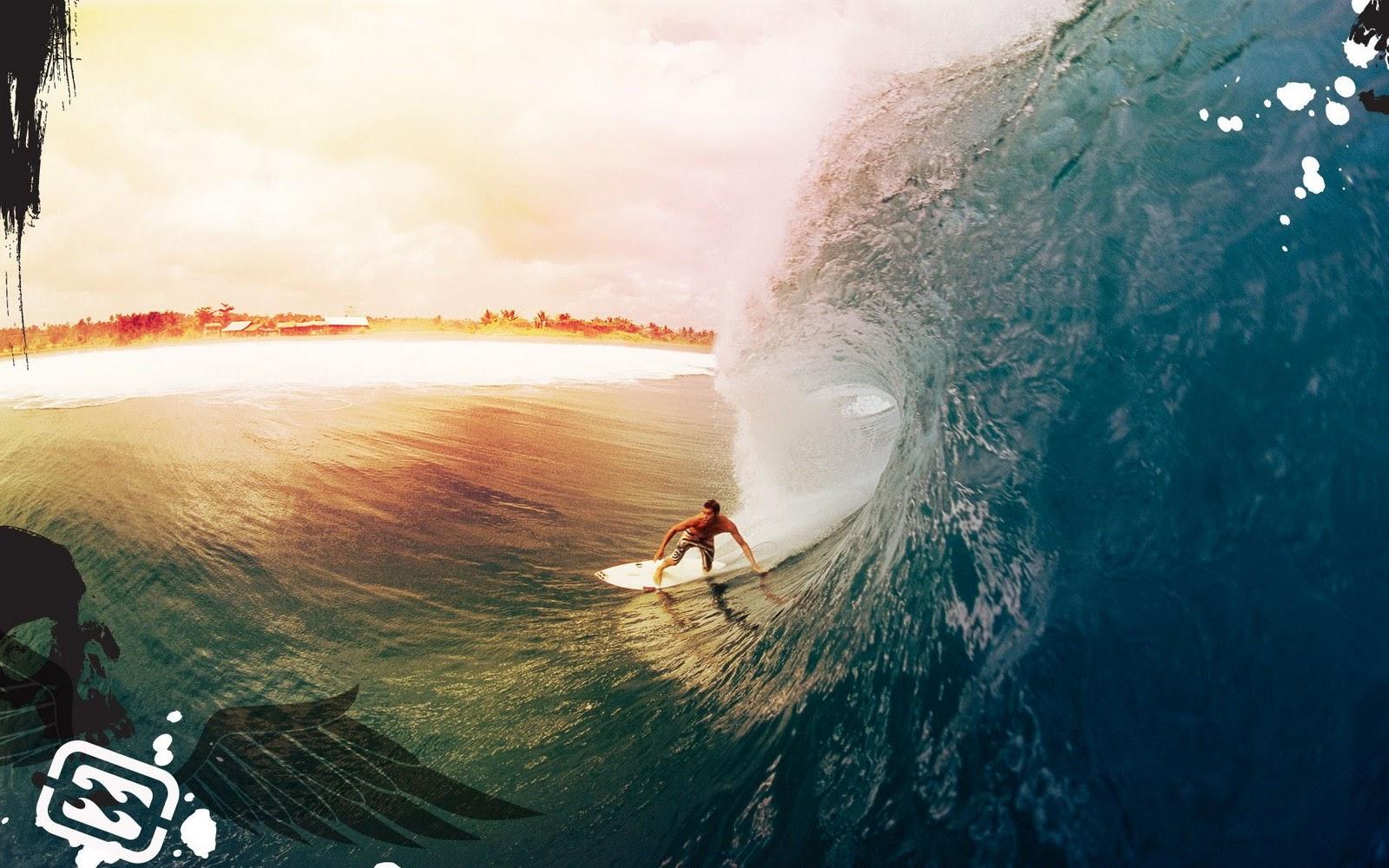 Sport foto met surfer die surft op een zeer hoge golf 1600x1000