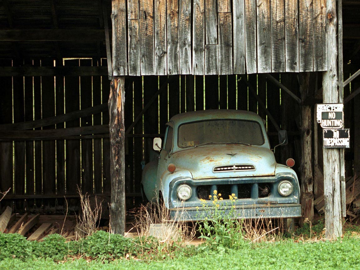 Studebaker in Barn Wallpaper and Backgrounds 1152 x 864 1152x864