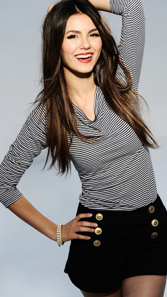 Victoria Justice Wallpaper   iPhone Wallpapers 540x960