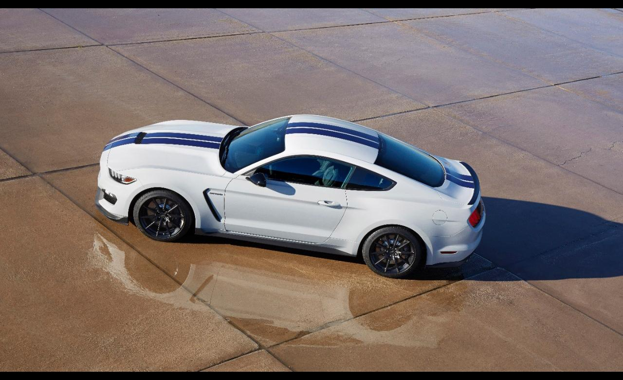 2016 Ford Mustang Shelby GT350 1280x782