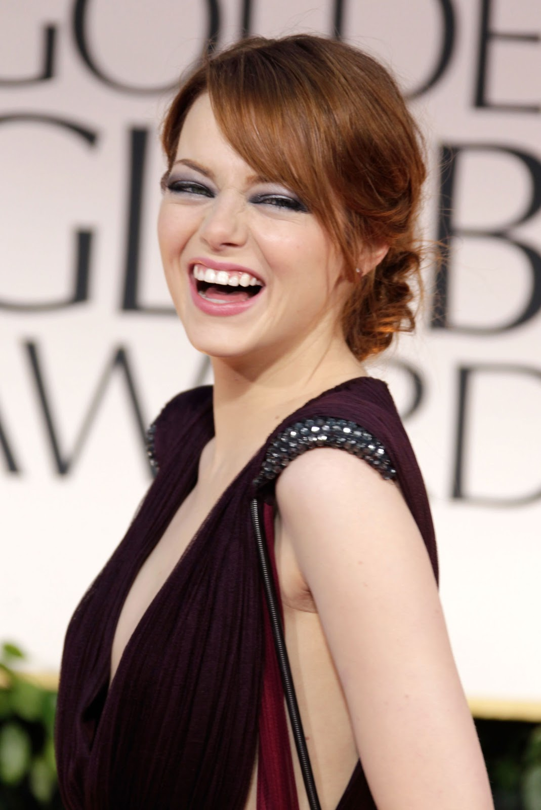 Sexy Emma Stone iPhone wallpapers 1069x1600