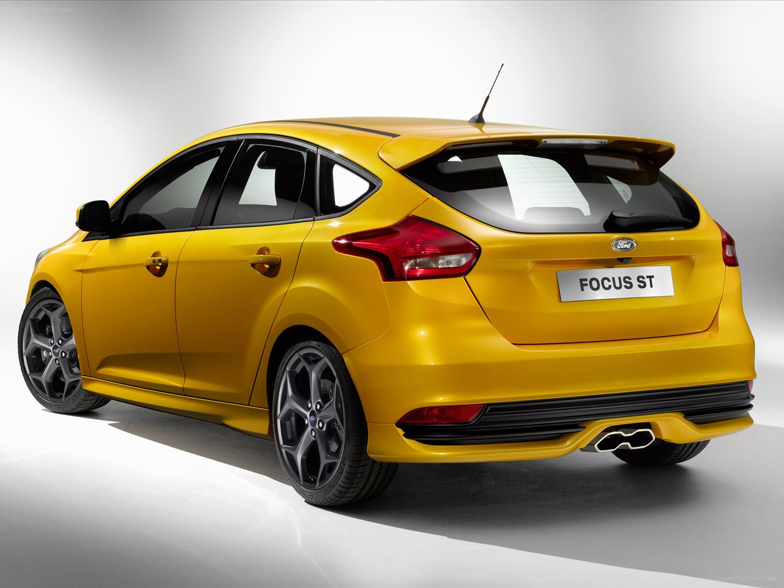 Home Ford Ford Focus ST 2015 1600x1200